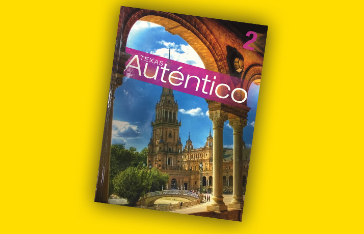 Book cover of Texas Auténtico by Pearson. It has an arch and a steeple.